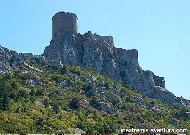 Walking holidays Cathares Castles - Pyrenees - Southern France