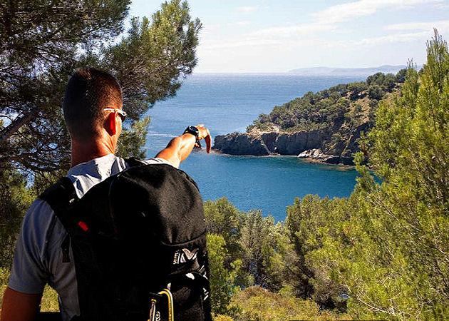 Walking Holidays Cadaques around the Cap de Creus - Costa Brava - Spain