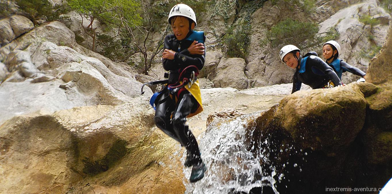 Family Pyrenee Orientale Canyoning